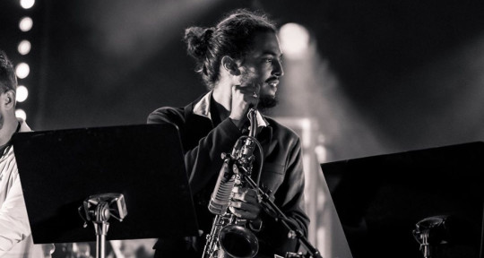 Good sound & creative Sax - Fede Carreras