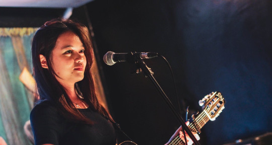 Vocalist, Songwriter, Producer - Ana Luna