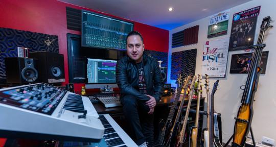 All About Bass  - José Márquez