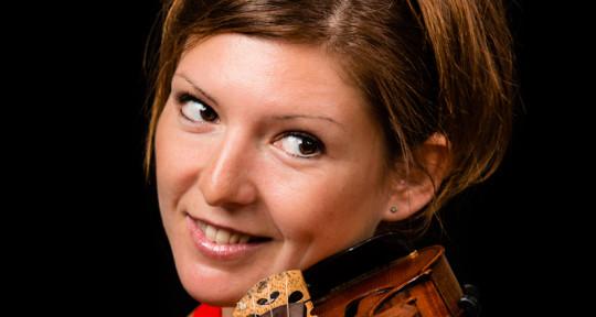 Violinist, string arranger - Lizz
