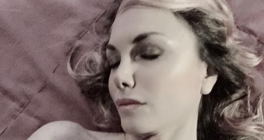 Singer/songwriter - Silvia Specchio