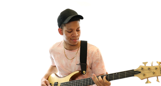 Session Bassist - Quincy Njemanze