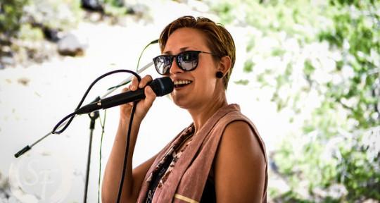 Singer, Writer, Poet, Creative - Kellie Taylor