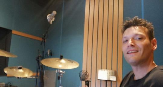 """Session Drummer Remote Record - Yureck """"Zut"""" Borini"""