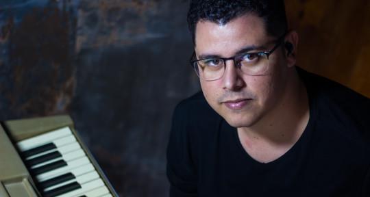Music Producer  - Thiago Basso