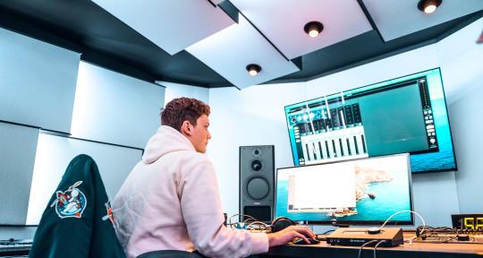 Music Producer / Mix engineer - Jules Brand