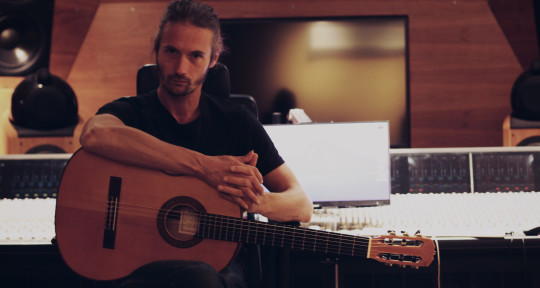 Session guitarist, arrengement - Antónp