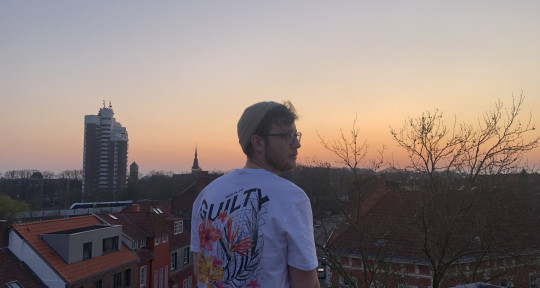 Musician // Producer - Felix Røch - Productions