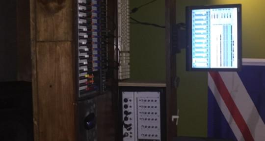 Remote Mixing services  - Maple Studios
