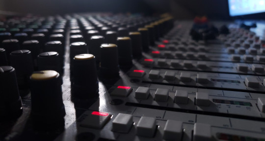 Remote mixing/editing, Live A1 - Persephone Alexandria