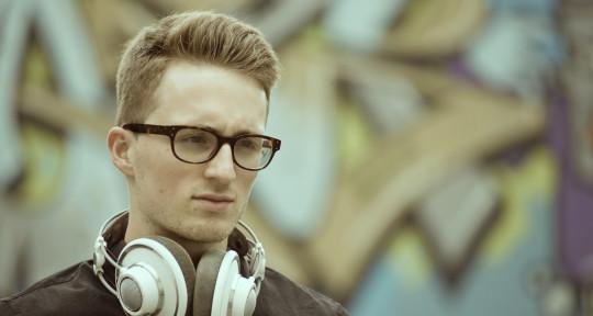 Music Producer, Composer - Fabian Kratzer Music