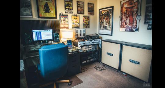 Recording Studio - Riff Palace Recording Studio