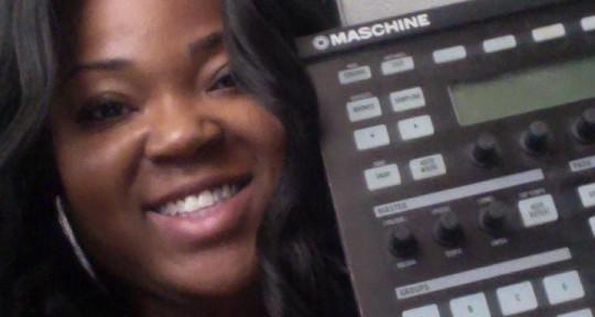 Music Producer / Beatmaker - Achickwitbeatz