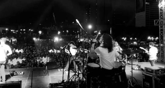 Mixing, Editing, Drumming - Carlos González