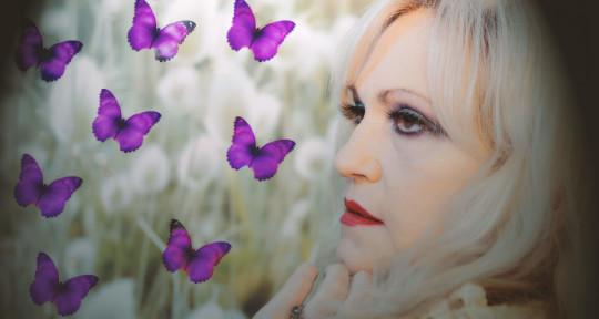 Singer, SongWriter - Serenity (Ginine Emily)