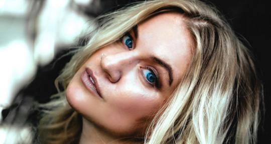 Songwriter/Singer, Vocal Prod. - Nikki Era