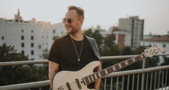 Adam Świerczyński - bassplayer - Adam Świerczyński