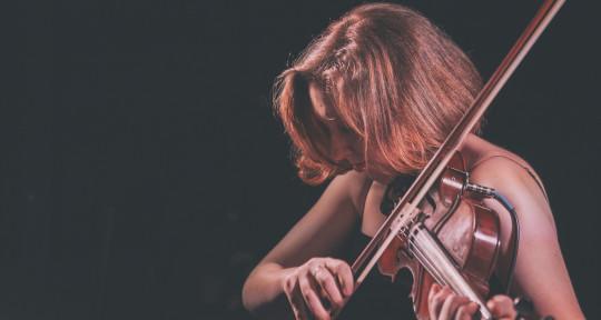 Session Violinist & Vocalist - Sloane Monroe