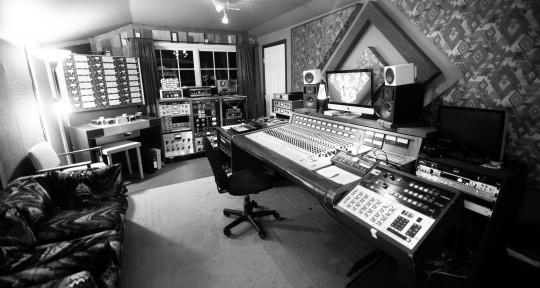 Music Producer/Engineer  - HiLo Sonics