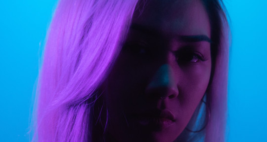 Versatile Singer, Pop Vocalist - Bea Go