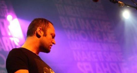 Session Guitarist - Yannick Werther