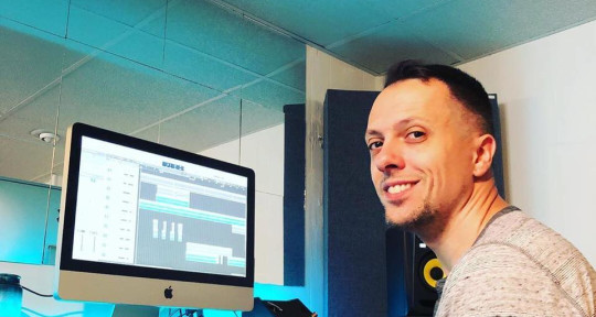 Producer, songwriter - Jerry Buell