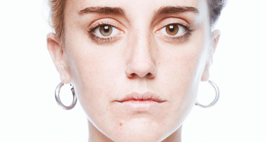 Bilingual vocalist/songwriter - Inés Allievi