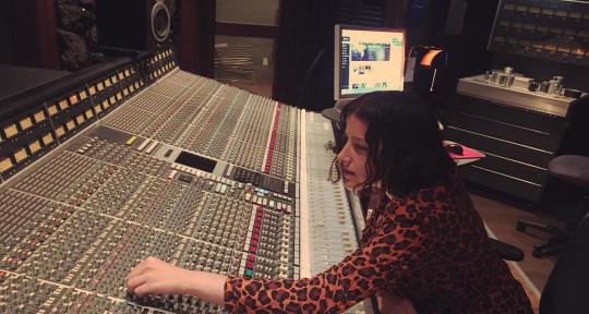 Producer & mixing engineer - Grey Davies