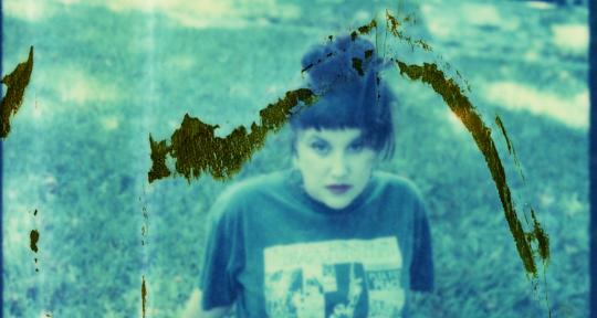Songwriter, Singer, Beatmakerr - Sophie Stern
