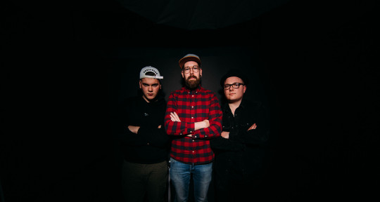 Producer / Mixer / Songwriter - ApeTunes