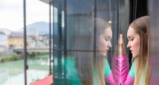 Singer ▶︎ Lead Vocals ▶︎ BGV - Stefanie Drexler