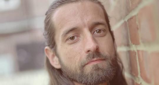 Songwriter, Composer, Singer - Valerio Lysander