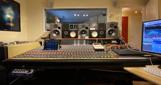 Remote and Real Mixing - The Mixfarm