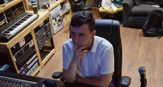 Recording/Mixing Engineer  - Andrés Felipe Quiroga