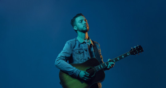 Singer - Songwriter - Topliner - Paul Cipriani