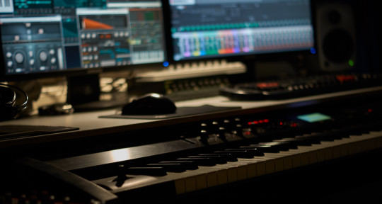 Producer - MaxProducer85