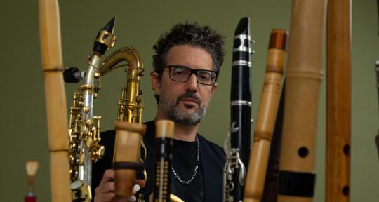 wind instrument artist  - Jonathan (Yonnie) Dror
