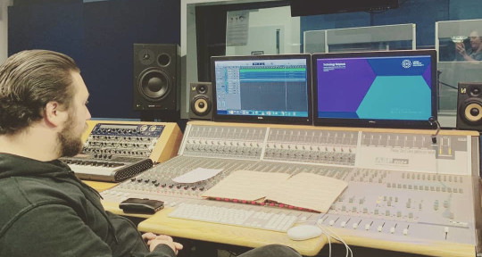 Producer and Mixing Engineer - Ben Hannah