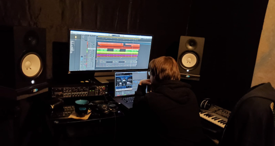 Music Composition & Production - Bobby Green