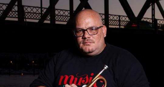 Trumpeter, Producer, Arranger - Farnell Newton