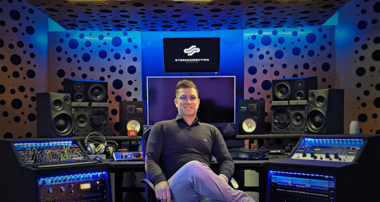 Mixing and Mastering Engineer - Vitali Pasquale