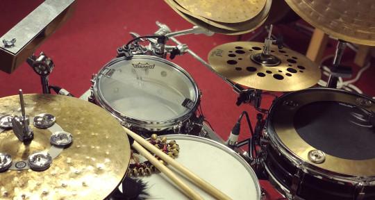 Creative Hybrid Drums - Thomas Esch