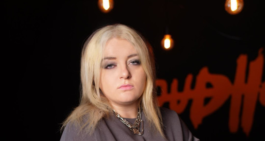 Session Vocalist & Topliner - Georgia Meek