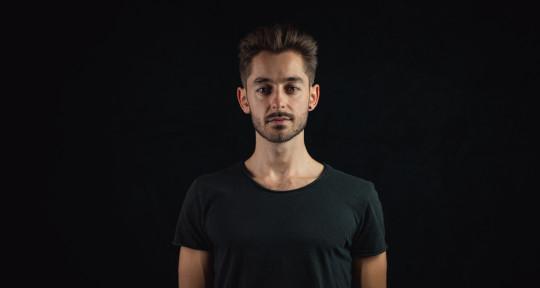 Drummer, Producer, LoFi - Paul-Aaron Wolf