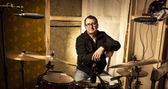 Session Musician - Kevin Brady