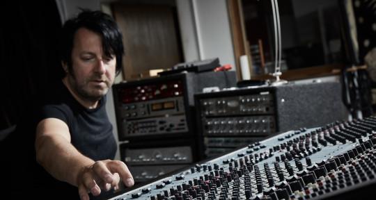 Mixing&Mastering,Remixer,Write - Arno Briggman