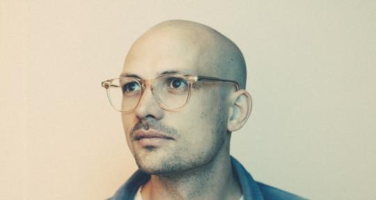 Guitarist, Producer, Mixer - Pete Covington