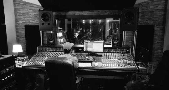 Audio engineer | MIX & MASTER - Marco Ravelli