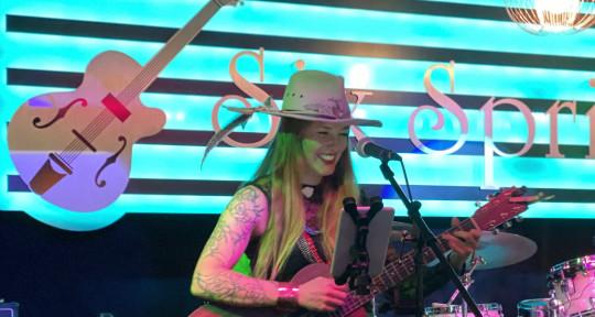 Singer-Songwriter - Amelia Presley