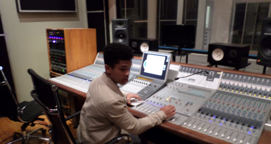 Remote Mixing and mastering - Mixing Engineer